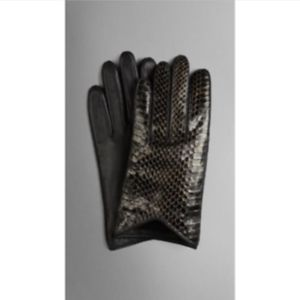 BURBERRY cleo snakeskin exotic driving gloves NEW